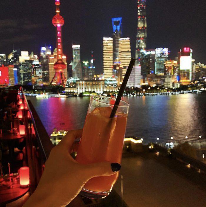 Sir Ellys, Shanghai